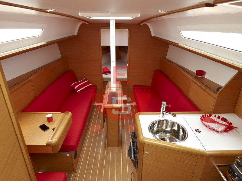 boat 33i interieur 20120523121956 1